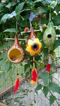 ceramics, garden, terrace, w Decorative Gourds, Hand Painted Gourds, Garden Crafts, Garden Art, Gourds Birdhouse, Bird House Gourds, Bird House Feeder, Jar Art, Gourd Art