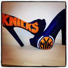 If I ever get to sit courtside at a Knicks game, I'll be wearing these hahahaha #knicks #swag