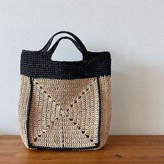 Crochet Stitches, Knit Crochet, Crochet Patterns, Crochet Handbags, Crochet Purses, Crochet Beach Bags, Crochet Bags, Knit Basket, Knitted Bags