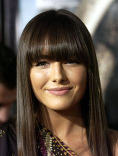 Hairstyles with bangs, bob hairstyle and ponytail, frisuren mit pony glatte haare idee bruenett damen look, Medium Ash Brown Hair, Ash Brown Hair Color, Brown Colors, Hair Styles 2014, Medium Hair Styles, Short Hair Styles, Long Thin Hair, Long Hair With Bangs, Straight Bangs