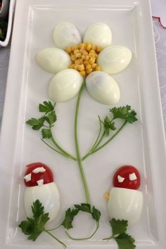 Decorate cold plates for Easter: 18 creative identifiers - Food Carving Ideas Food Crafts, Diy Food, Food Food, Veggie Food, Food Design, Cute Food, Yummy Food, Creative Food Art, Ads Creative