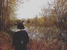 """reverie.walker: """"#фото #девушка #красота #осень #прощайлето #весна #портрет #снег #прогулка #крепость #пейзаж #листья  #подприцелом #холод #грусть #тоска #одиночество #photo #photographer #girl #beauty #autumn #fall #walk #castle #landscape #leaves"""""""