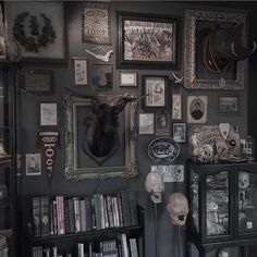 The frame for Uncle Buck / Buck Frame Uncle witchhousebedroom 694821048745413095 Dark Home Decor, Goth Home Decor, Gypsy Decor, Spooky House, Witch House, Goth Bedroom, Gothic Interior, Interior Office, Modern Interior