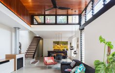 See the tropical renovation of a Federation dwelling possible extension
