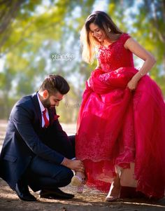 New wedding bridesmaids photos bridal musings 53 Ideas Indian Wedding Couple Photography, Wedding Couple Photos, Wedding Couple Poses Photography, Outdoor Photography, Portrait Photography, Bridal Pictures, Wedding Pics, Farm Wedding, Wedding Couples