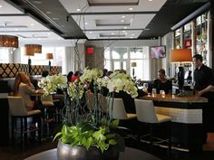 Paramour, in the Wayne Hotel  --  Beneath its sleek Lexus-like good looks, this Casanova's kitchen engine sputtered from one poorly executed dish to the next, says Craig LaBan.