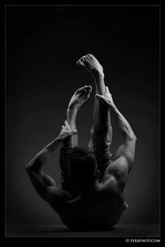 Nöt Pixbynot Photography. Just beautiful!  #photography #bw #dancers #photographer #art #pixbynot