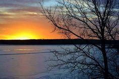 Clinton Lake Winter Sunset 960 x 640