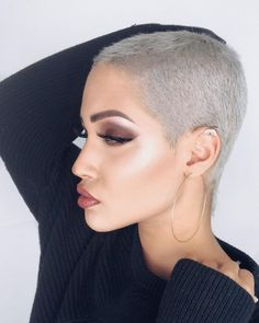 51 Pixie Haircuts You'll See Trending in 2019 - Hairstyles Trends Buzz Cut Hairstyles, Short Shaved Hairstyles, Short Hairstyles For Women, Cool Hairstyles, Buzzed Hair Women, Shaved Hair Women, Half Shaved Hair, Shaved Head, Super Short Hair