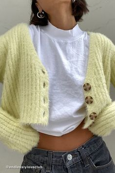 Shop UO Rochelle Fuzzy Cropped Cardigan at Urban Outfitters today. We carry all the latest styles, colors and brands for you to choose from right here. Mode Outfits, Fall Outfits, Summer Outfits, Fashion Outfits, Fashion Capsule, Cheap Outfits, School Outfits, Look Fashion, Autumn Fashion