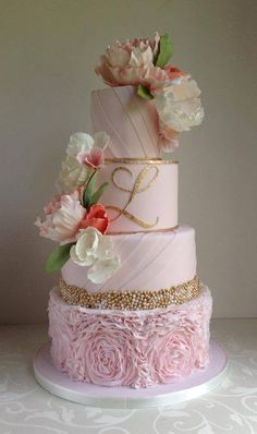 Love the colors: Pink/Gold!!   48 Eye-Catching Wedding Cake Ideas - MODwedding