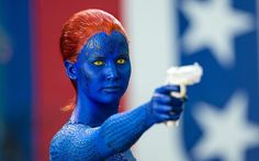 Jennifer Lawrence deve deixar a make azul de Mística de lado após
