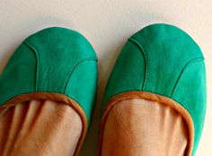 {ISLANDER}- A simple ballet flat that is comfortable & stylish. Choose your colour and make a statement! All Lolliette shoes are hand crafted from the Green Flats, Obi Belt, Batik, Suede Flats, Green Suede, Best Wear, Formal Shoes, Clothes Horse, Womens Flats