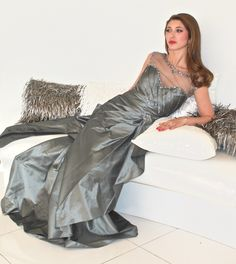 b766d3aa1d5b 120 Best Gowns We Love images | Formal dresses, Cute dresses, Luxury ...