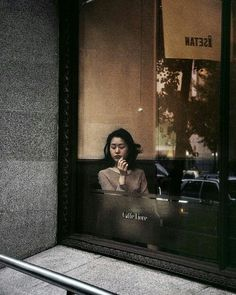 by Harry Gruyaert, Coffee shop in Shinjuku district, Japan, Tokyo, 1996 Urban Photography, Color Photography, Street Photography, Portrait Photography, Narrative Photography, Coffee Photography, Candid Photography, Documentary Photography, William Eggleston