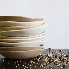 A unique collection of functional & decorative ceramics, made by hand on the Sunshine Coast, Australia by well known Australian ceramic artist Kim Wallace. Ceramic Shop, Ceramic Decor, Noosa Australia, Ceramic Artists, Bowls, Ceramics, Tableware, Unique, Handmade