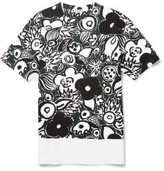 FLORAL Marni's printed T-shirt features an illustrative floral design picked out in black and green hue. Temper the bold effect with a fine-knit cardigan or marled hoodie. Cool Tees, Cool T Shirts, Mr Porter, Mens Tees, Printed Cotton, Graphic Tees, Men Casual, Menswear, Marni