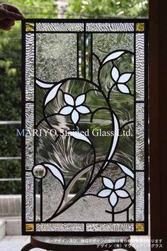 ステンドグラス白い花 人気のあるデザインS邸