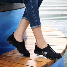 7ee250af5 2015 Nova Chegada do Verão Mulheres Malha Caminhada Leve Sapatos de Lona  Ocasional Senhoras Slip On Flat Shoes Plataforma Tenis Feminino em  Apartamentos das ...