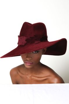 Find more at ideas hats Funky Hats, Cute Hats, Fall Hats, Winter Hats, Philip Treacy Hats, Fascinator Hats, Fascinators, Types Of Hats, Stylish Hats