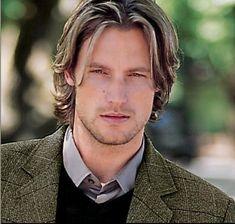 Gabriel Aubry looking so handsome. Love that blazer.