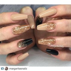 Nude and black and gold ❣