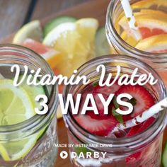 3 Ways to Make Healthy Homemade Vitamin Water #darbysmart #recipes #fruit #water #summer #refreshing #citrus