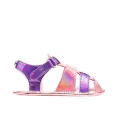 BABYROAMIN @ StuartWeitzman.com, the cutest baby sandals!