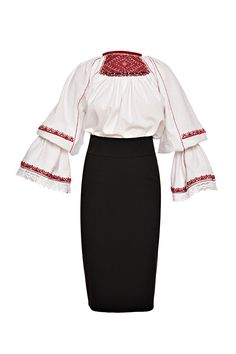 Romanian blouse kit. IA cu ciupag. Perpetual Icons Folk Costume, Costumes, Folk Embroidery, Peasant Blouse, Cross Stitch Patterns, Bell Sleeve Top, Textiles, Knitting, Folklore