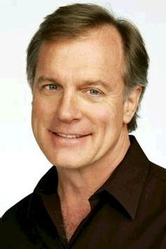~*The 7th Heaven Cast*~ Reverend Eric Camden. I love him! I would marry him in a heartbeat :)