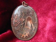 """French """"Belle D'Amour"""" hair locket c. 1800"""