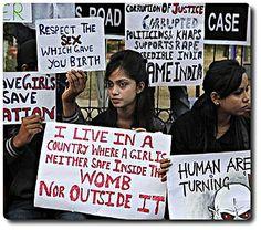 #Viol d'une #japonaise à #Calcutta : l'émoi pour l'ampleur du fléau En #Inde, les récentes #lois répressives ne dissuadent pas. dimanche 4 janvier 2015- par Gros Emile  Il y a deux années l'Inde, 2è pays du monde pour la densité de sa population, a été choqué par le viol d'une étudiante dans un bus. Ce fait a révélé qu'un vaste fléau traverse l'ensemble, ou du moins une partie non négligeable, du tissu social lié à une délinquance masculine, par le passé, masquée.