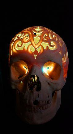 черепа резные #skull