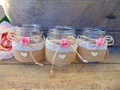 Set of 6 Shabby Chic Rustic Mason Jars with Roses Rustic Pot Mason Diy, Rustic Mason Jars, Mason Jar Candles, Lace Mason Jars, Mason Jar Crafts, Bottle Crafts, Burlap Centerpieces, Wedding Centerpieces Mason Jars, Mason Jars