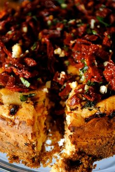 Sun Dried Tomato and Mozzarella Cheesecake Savory Cheesecake, Cheesecake Recipes, Savoury Baking, Savoury Cake, Best Appetizers, Appetizer Recipes, Cheese Dishes, Dried Tomatoes, Appetisers