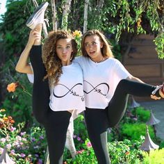 ⚡️LAST CALL⚡️ Today is the last day to purchase our Best Friends tees!👯‍♀️ Make sure to get your matching tees with your BFF before they're… Friend Poses Photography, Dancer Photography, Gymnastics Photography, Sport Photography, Best Friend Poses, Best Friend Pictures, Friend Photos, Poses With Friends, Gymnastics Pictures