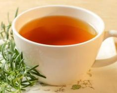 27 Amazing Benefits And Uses Of Yerba Mate For Skin, Hair And Health Rosemary Tea, How To Dry Rosemary, Yerba Mate, Cabbage Juice, Reduce Bloating, Tea Benefits, Health Benefits, Natural Cures, Korn