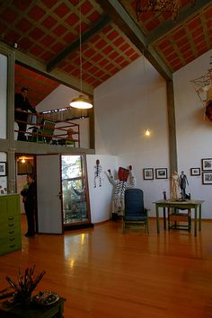 adjoining studio space of Frida and Diego