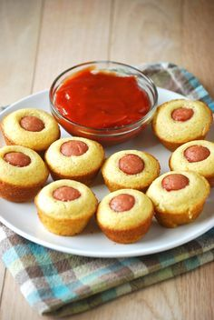 Mini Corn Dog Muffins- We would use organic beef hotdogs of course! 370 repins