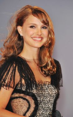 More Pics of Natalie Portman Long Partially Braided Isnt She Lovely, Classy And Fabulous, Natalie Portman, Cute Celebrities, Celebs, Celebrity Smiles, Gal 3, Middle Aged Women, True Beauty
