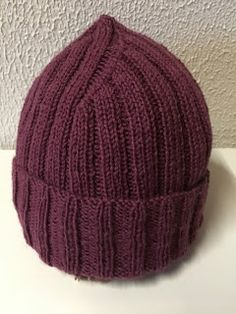 Crochet Accessories, Diy Projects To Try, Handicraft, Diy Fashion, Knitted Hats, Knit Crochet, Beanie, Knitting, Crafts
