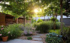 Naše práce   Flera Run Around, House Goals, Garden Styles, Amazing Art, Grass, Flora, Sidewalk, Backyard, Plants