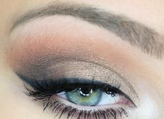 SAND makeup by DERMEYES.