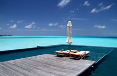 Maldives: pool in the sea.