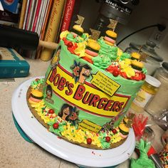 ❥ Bob's Burgers Burger Cake, Burger Party, Pretty Cakes, Beautiful Cakes, Amazing Cakes, Bobs Burgers Quotes, Bob S, Crazy Cakes, Cake Decorating Supplies