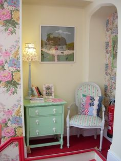 This is a group for anything & everything to do with the lovely Cath Kidston . Shabby Cottage, Cottage Style, Granny Chic, Bedroom Green, Cath Kidston, Trendy Bedroom, Beautiful Bedrooms, Shabby Chic Decor, Painted Furniture