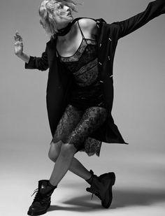 Toni Garrn pour L'Express Styles: série mode nocturne et sexy