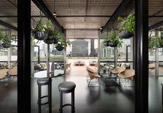 Afbeeldingsresultaat voor The Rooftop at QT Melbourne Bar