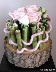 ~~ Polygonum on a nail carpet, with spray roses 'Sweet Avalanche in glass tubes & pink wool Tropical Flower Arrangements, Tropical Flowers, Deco Floral, Floral Design, Spray Roses, Funeral Flowers, Simple Flowers, Ikebana, Flower Decorations