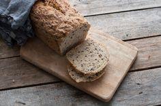 Eltefritt linfrø brød Baked Goods, Baking, Bakken, Backen, Sweets, Pastries, Roast
